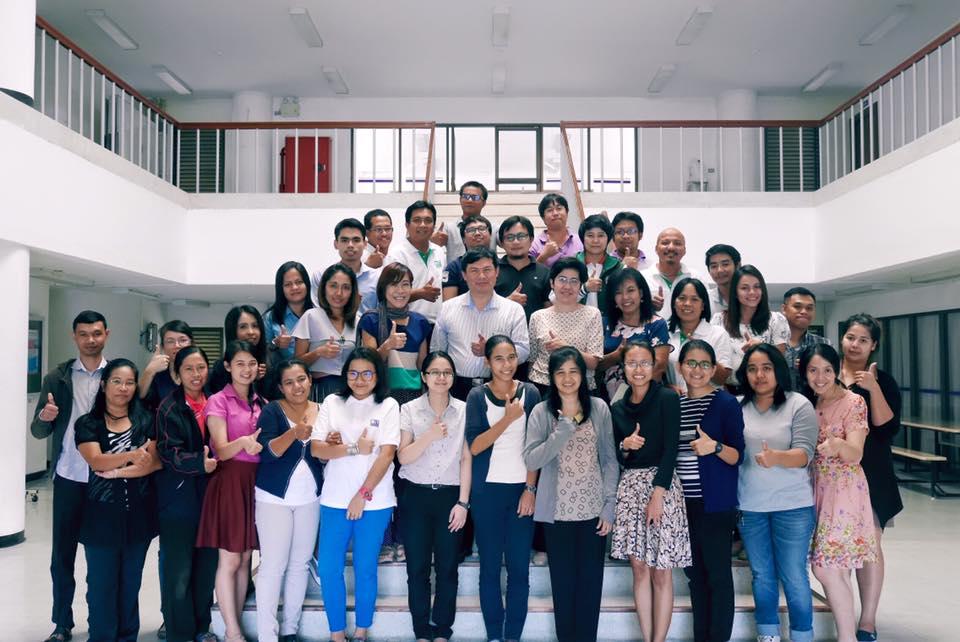 โครงการอบรมเชิงปฏิบัติการการเขียนบทความวิชาการ โดย ศาสตราจารย์ ดร.ธนารักษ์ ธีระมั่นคง วันที่10 ก.ย.2559